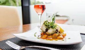Brasserie / Restaurant L3 sur Vieux-Port de Marseille (réf ER2112)